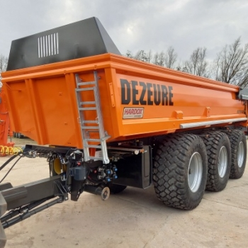 3-axle Dezeure ground dumper available from stock