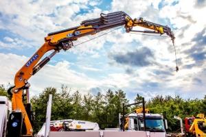 Mounted truck cranes