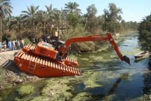 Swamp excavators