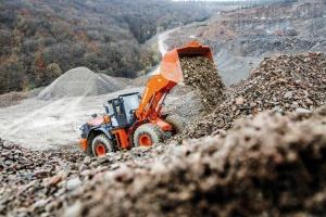 HITACHI kan de zwaartste werkomstandigheden aan met nieuwe ZW330-6 wiellader
