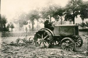 100 jaar NEW HOLLAND - Overzicht van een rijke geschiedenis