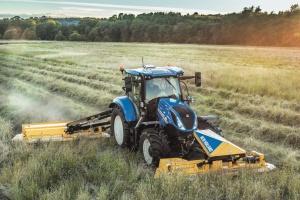 NEW HOLLAND breidt populaire T6-tractorserie uit met nieuwe 6-cilinder T6.180 Auto Command- en T6.180 Dynamic Command-modellen