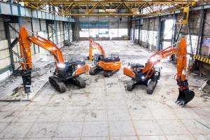Tracked excavators - the new ZX-7