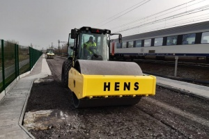 Ammann Compactors Lay Foundation for Rail Line Expansion by Hens