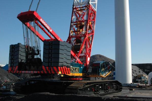 Lifting capacity: 428 x7.3 t x m