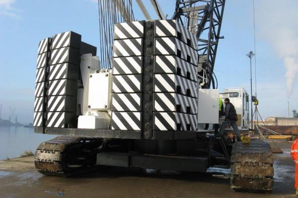 Luffing Jib Att - Lifting capacity: 80 x 9.3 t x m
