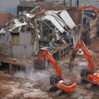 MARTENS-DEMOCOM investit en un géant de démolition de 170 tonnes