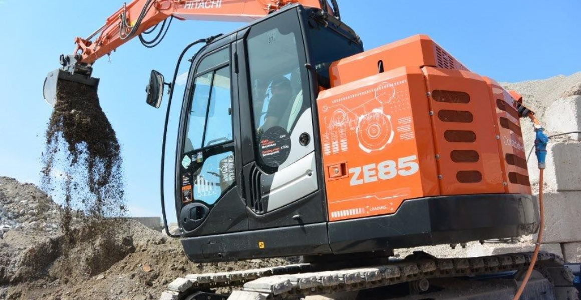 Hitachi Zero Emission excavator ZE85 - For a clean jobsite